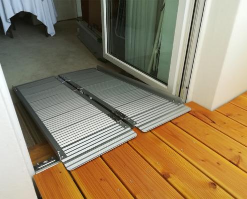 Balkonerhöhung mit Klapprampe